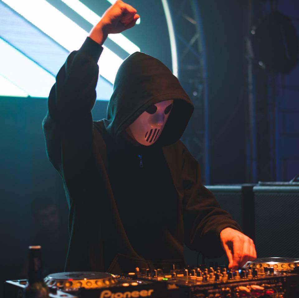 Angerfist DJ MAG