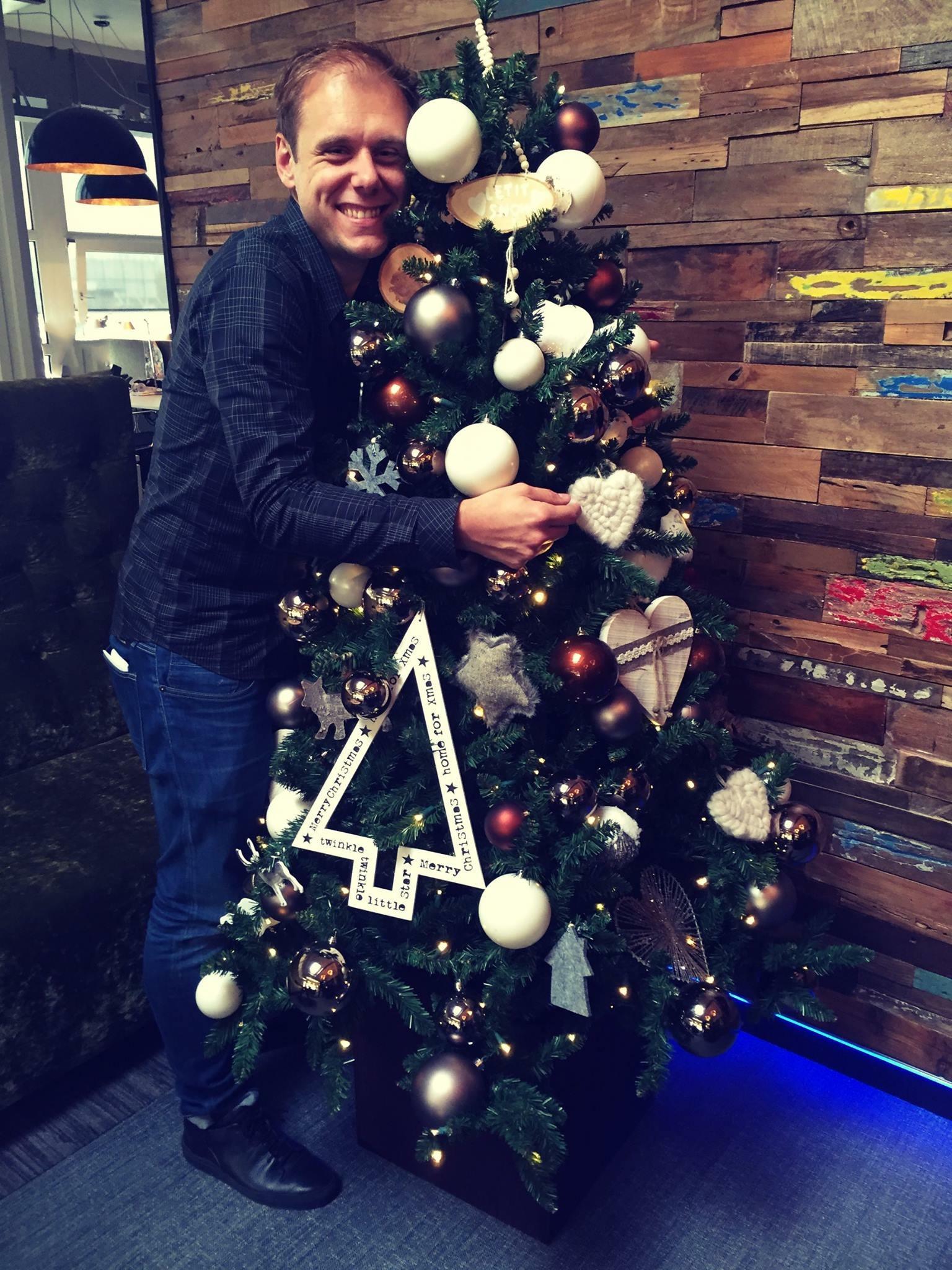 Armin van Buuren Merry Christmas