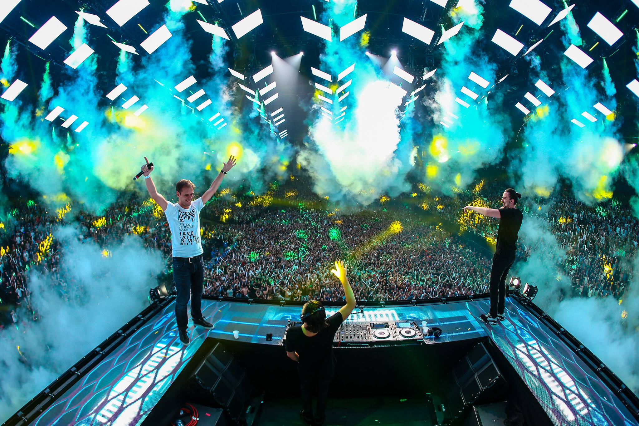 Dimitri Vegas and Like Mike MADNESS
