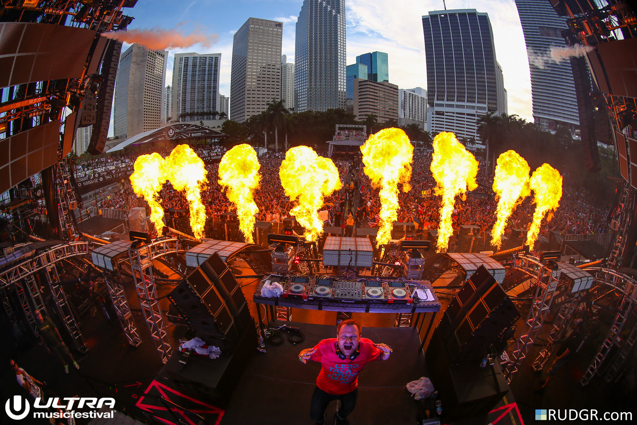 Rudgr for Ultra Music Festival 1