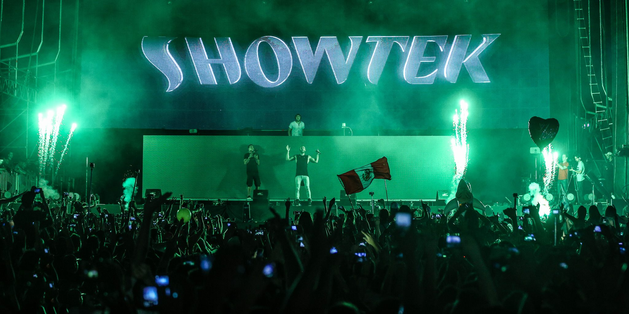 SHOWTEK2